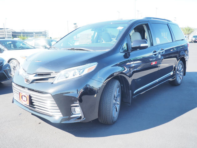New 2020 Toyota Sienna Limited AWD 7-Passenger (Natl)
