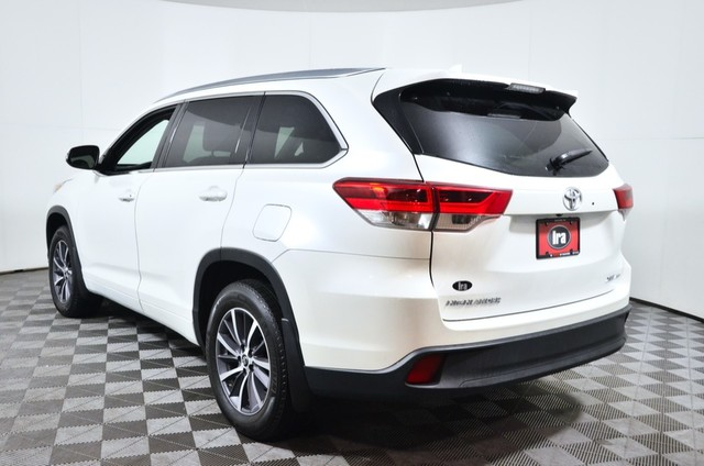 Certified Pre-Owned 2017 Toyota Highlander XLE ***CERTIFIED***